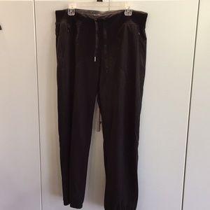 Nylon jogger/sweat pants